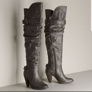 Elle *Elbowie grey* distressed tall boots
